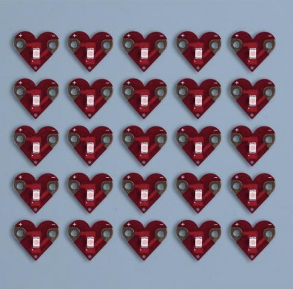 Teknikio hearts 25 pack