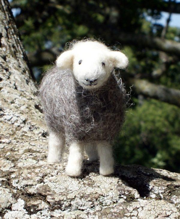 Needlefelted sheep